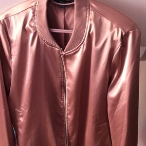 I am selling a jacket for spring season